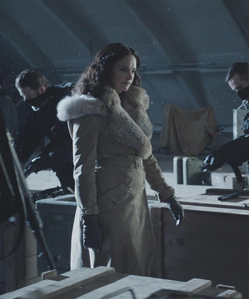 """<strong><h2>Ruth Wilson Plays Marisa Coulter</h2><br>Who Is Marisa?<br></strong>Mrs. Coulter supposedly fell in love with Lord Asriel as soon as they met, and after an affair with him, gave birth to Lyra. Though she has a touch-and-go relationship with her daughter, she repeatedly saves her. Mrs. Coulter's dæmon takes the form of a golden monkey with long fur, who is not named in the books, but is often referred to as """"Ozymandias."""" Also, Mrs. Coulter may or may not be working on the same side as everyone else. <br> <br> <strong>Where You've Seen Wilson<br></strong>Maybe you (or your parents) know Wilson from her starring role in <em>The Affair</em>, and she's also Alice on <em>Luther</em>. Wilson has also been nominated for a handful of Tonys and has won two Laurence Olivier Awards over the years. <span class=""""copyright"""">Photo: Courtesy of HBO.</span>"""