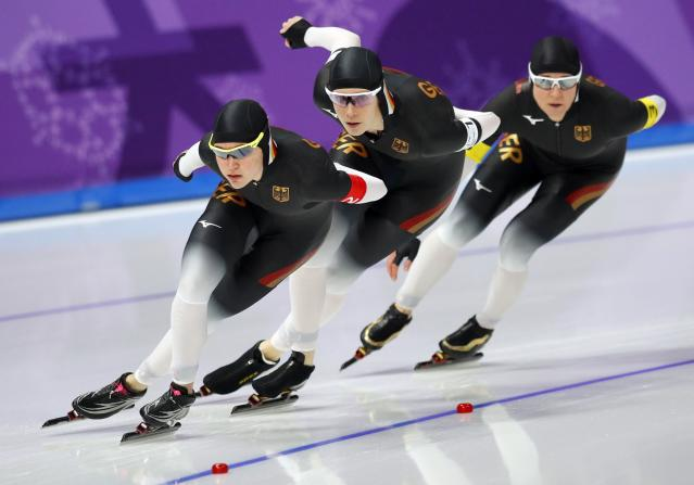 REFILE - CORRECTING ID Speed Skating - Pyeongchang 2018 Winter Olympics - Women's Team Pursuit competition - Gangneung Oval - Gangneung, South Korea - February 19, 2018 - Roxanne Dufter, Claudia Pechstein and Gabriele Hirschbichler of Germany compete. REUTERS/Phil Noble
