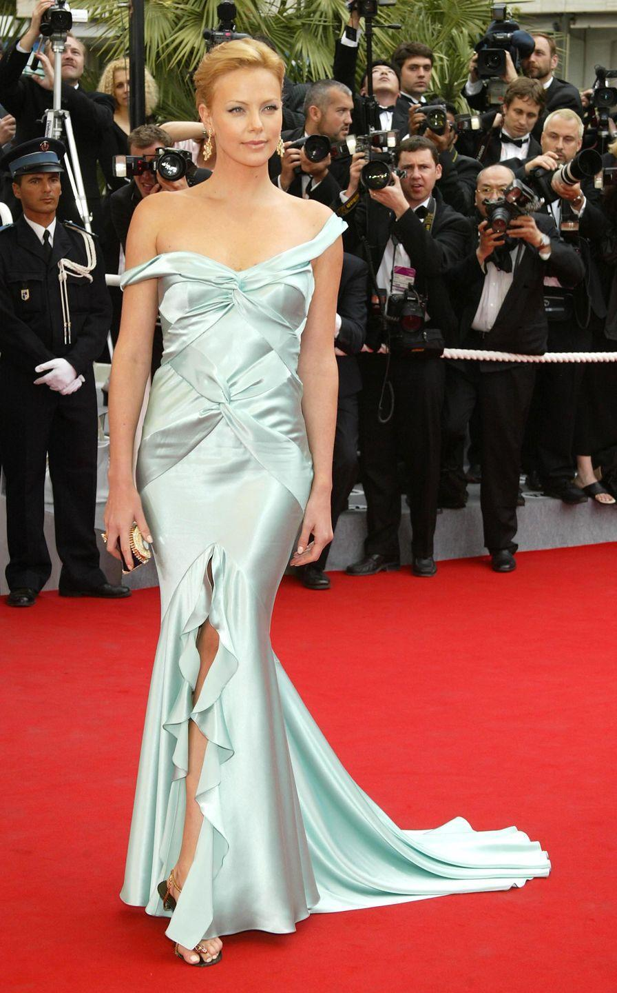 <p>Charlize Theron in Dior</p>