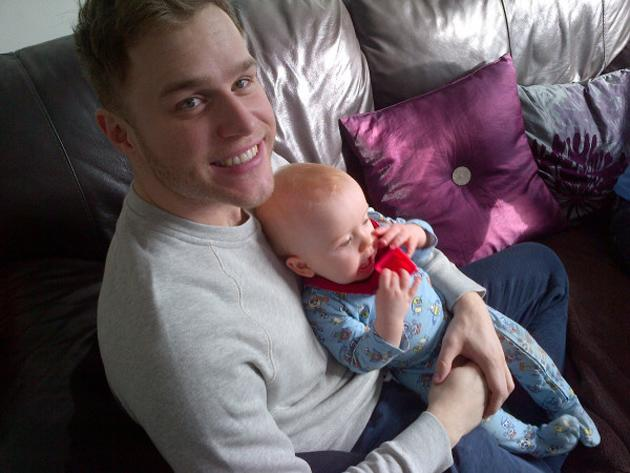 """Celerity photos: Olly Murs is so in love with his nephew Louie that he even has a photo of him in his earpiece when he's performing. This week, Olly tweeted a photo of him and Louie, with the caption: """"Chilling with louie watching CBEEBIES!!! Special Agent OSO!!"""" [sic]"""