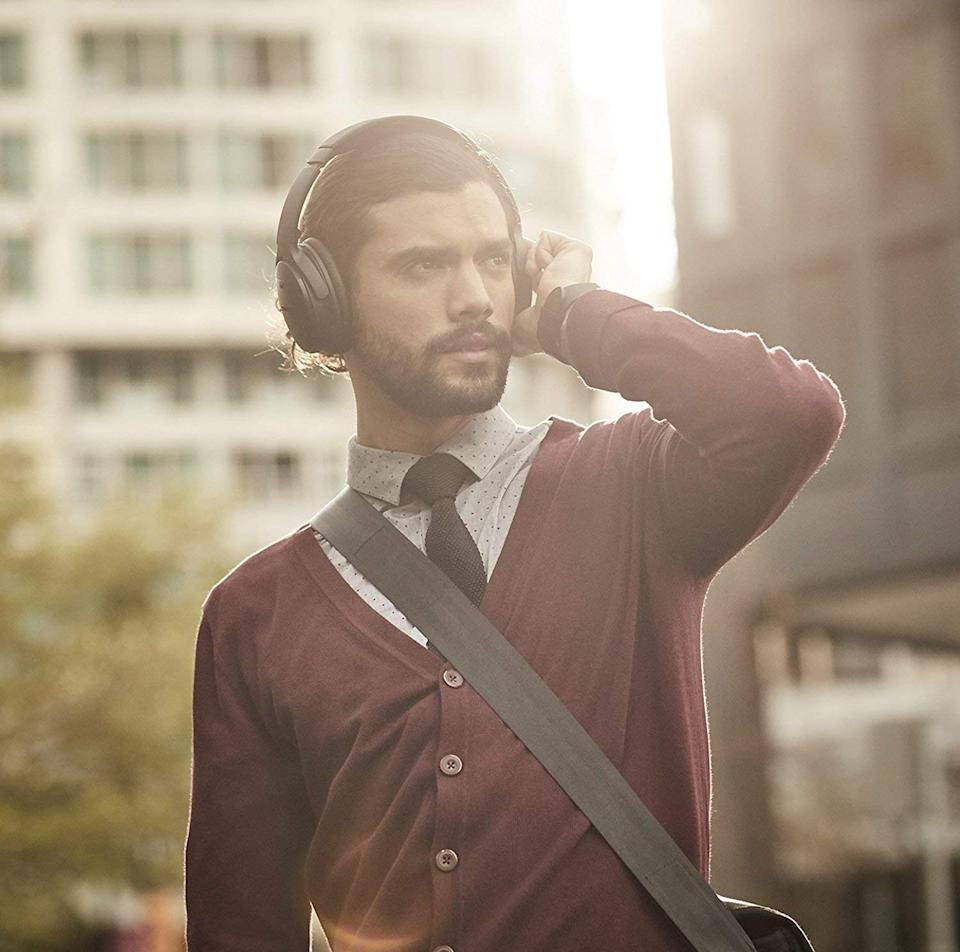 Block out the world with these Bose noise-cancelling headphones. (Photo: Amazon)