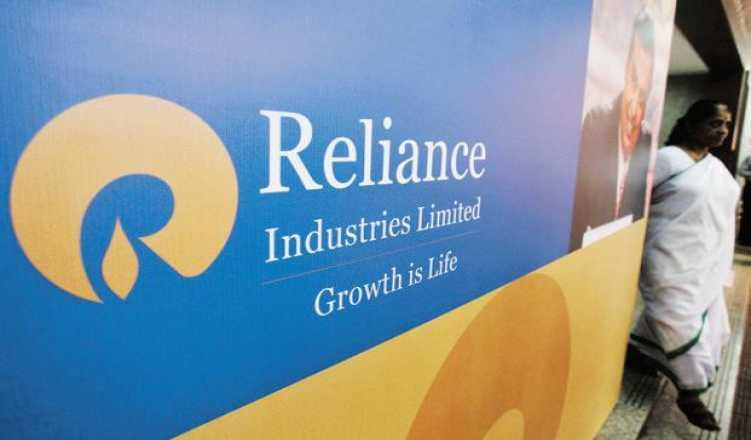 Reliance Industries topples Indian Oil to become the biggest Indian company