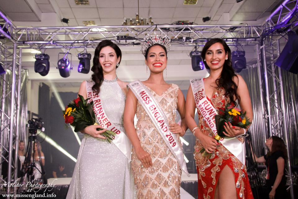 Mukherjee posing with runners-up at the Miss England final. [Photo courtesy of www.missengland.info]