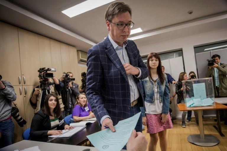 Aleksandar Vucic casting his vote on Sunday in the first round of Serbia's presidential election