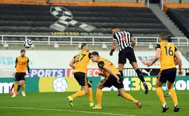 Jamaal Lascelles headed Newcastle in front