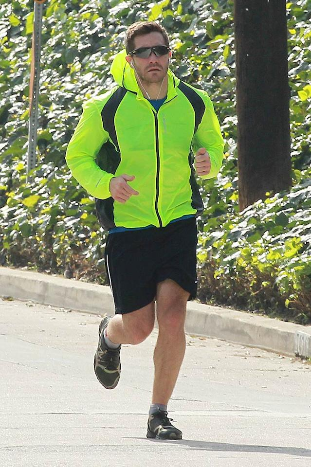 """""""Source Code"""" star Jake Gyllenhaal keeps his hot bod in tip-top shape by running near his home -- off Mulholland Drive -- in the Hollywood Hills. Sam Sharma/Nathanael Jones/<a href=""""http://www.pacificcoastnews.com/"""" target=""""new"""">PacificCoastNews.com</a> - March 4, 2011"""