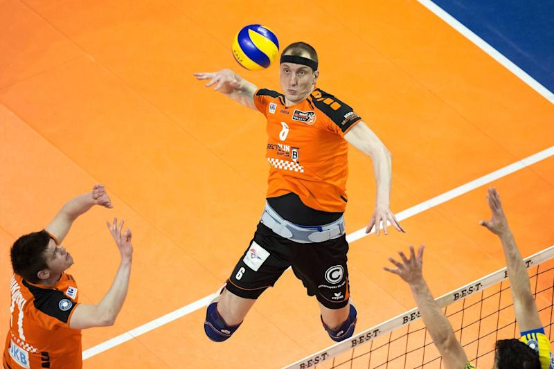 Volleyball: Volleys-Star Felix Fischer - Ein Stirnband für alle