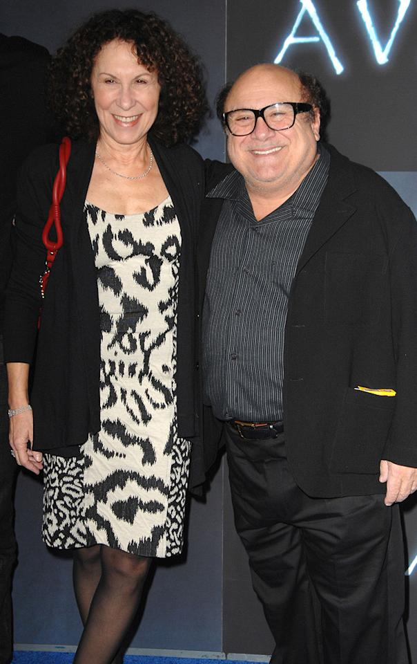 "<a href=""http://movies.yahoo.com/movie/contributor/1800180397"">Rhea Pearlman</a> and <a href=""http://movies.yahoo.com/movie/contributor/1800019132"">Danny Devito</a> at the Los Angeles premiere of <a href=""http://movies.yahoo.com/movie/1809804784/info"">Avatar</a> - 12/16/2009"