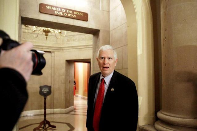 U.S. Representative Mo Brooks (R-AL) address reporters as he walks into a Speaker's office on Capitol Hill in Washington, U.S., March 23, 2017. REUTERS/Yuri Gripas/File Photo