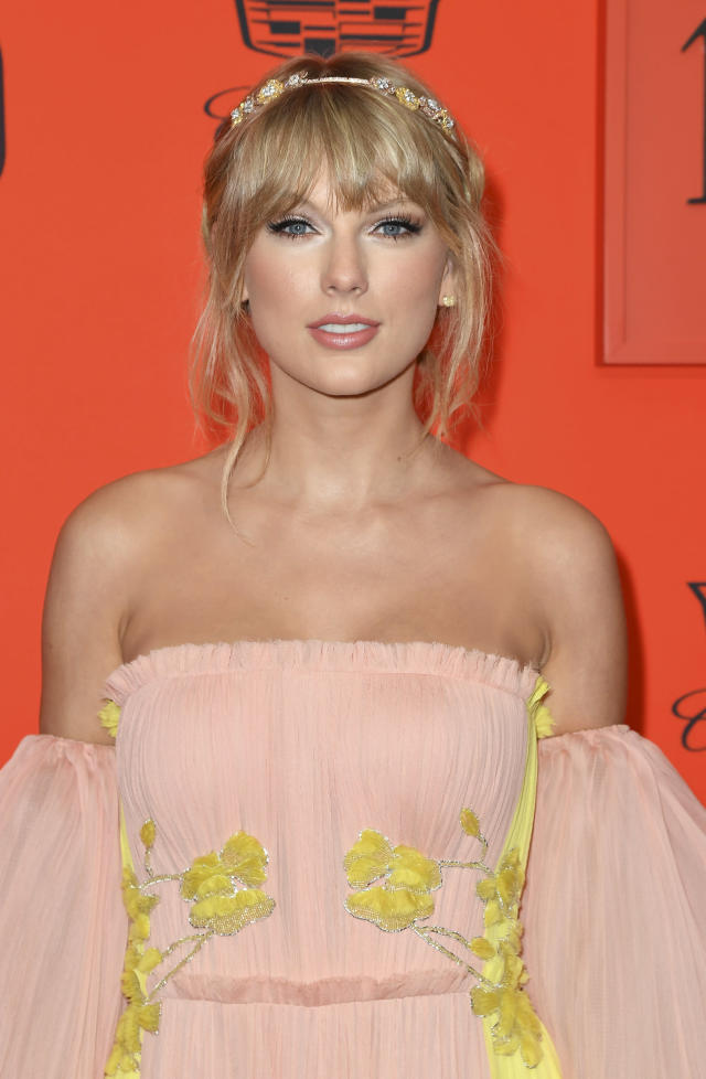 Taylor Swift arrives on the red carpet for the Time 100 Gala at the Lincoln Center in New York on April 23, 2019