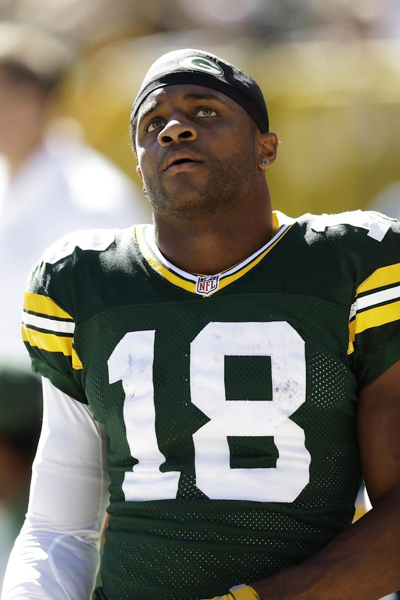 Packers WR Cobb activated, questionable for Bears