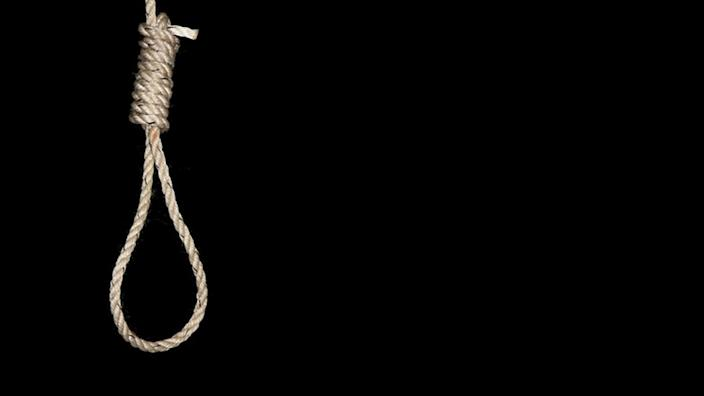 State governors in Nigeria must approve death sentences before they can be carried out q q