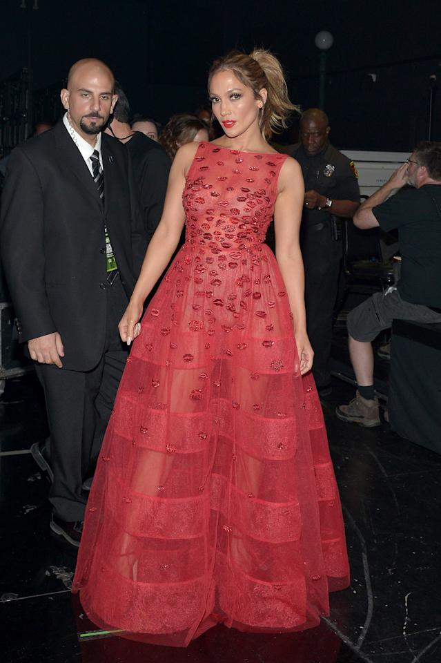 <p>In case you were wondering, yes, the lady does look smashing in red.</p><p><i>Photo: Getty</i></p>