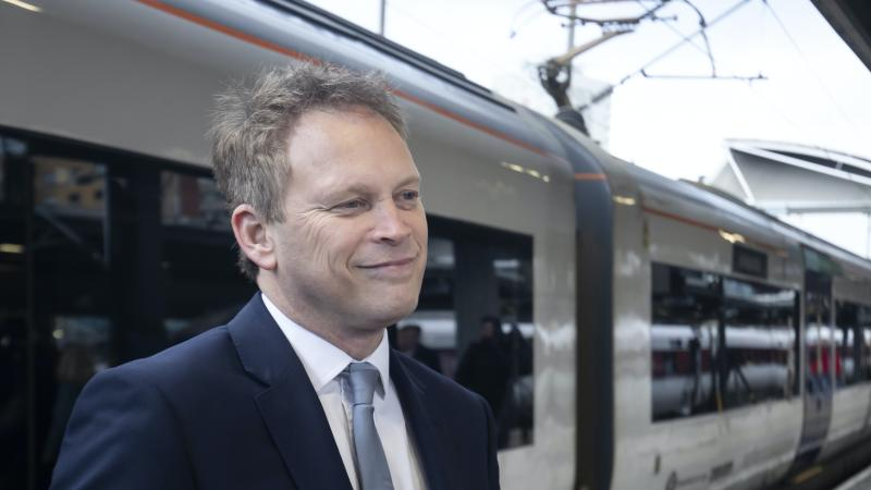 Ghost town fears see Shapps push for end of 'limited' home working
