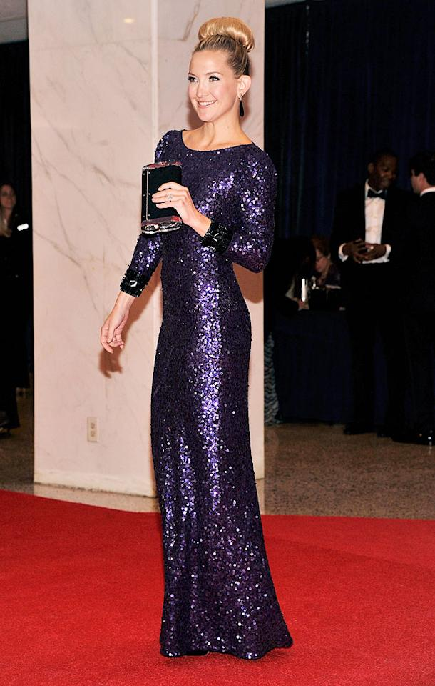"<p class=""MsoNormal"">Goldie's daughter, Kate Hudson, was also in attendance. The actress flaunted her trim physique in a shimmering violet gown, which she topped off with a big blond bun.</p>"