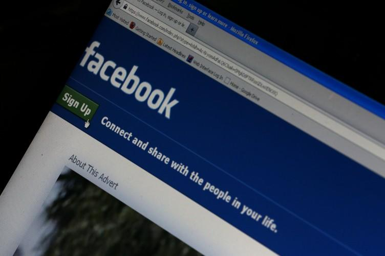 Facebook regularly updates its privacy policy (TheJournal.ie)