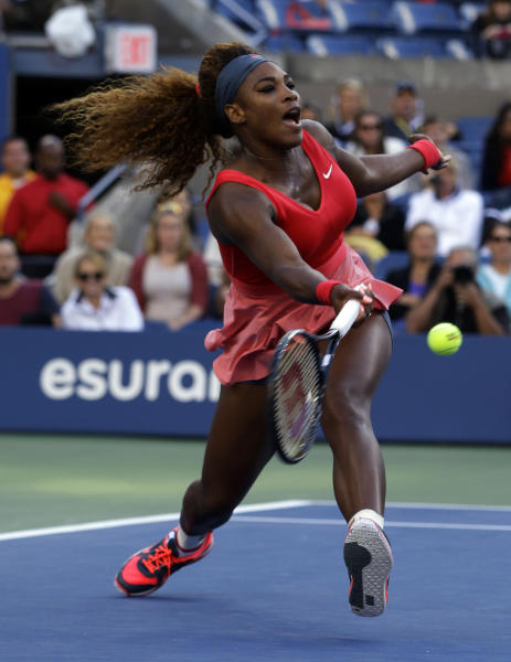 Serena Williams returns a shot against Li Na, of China, during the semifinals of the 2013 U.S. Open tennis tournament, Friday, Sept. 6, 2013, in New York. (AP Photo/Darron Cummings)