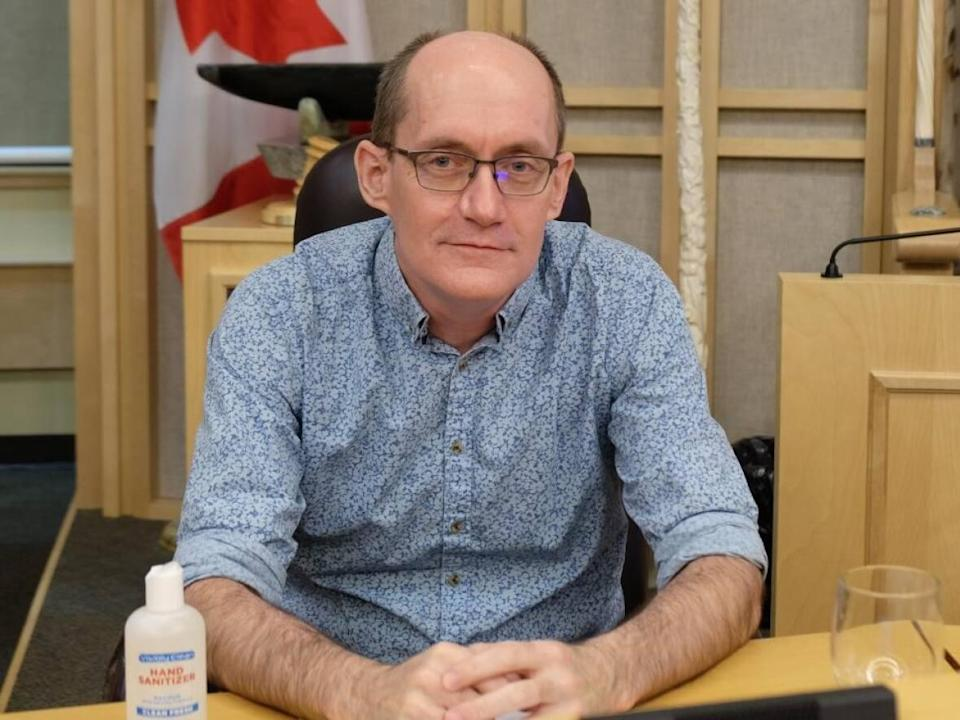 Dr. Michael Patterson is Nunavut's chief public health officer. The territory has issued an exposure notice for anyone who attended household gatherings in Coral Harbour on or after Sept. 29, and those who left the community on or after Sept. 21. (Jackie McKay/CBC News - image credit)