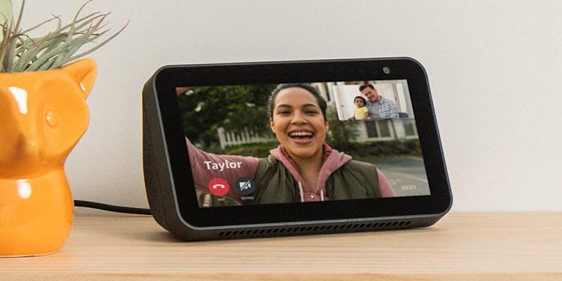 Save 22 percent on this smart home display. (Photo: Amazon)