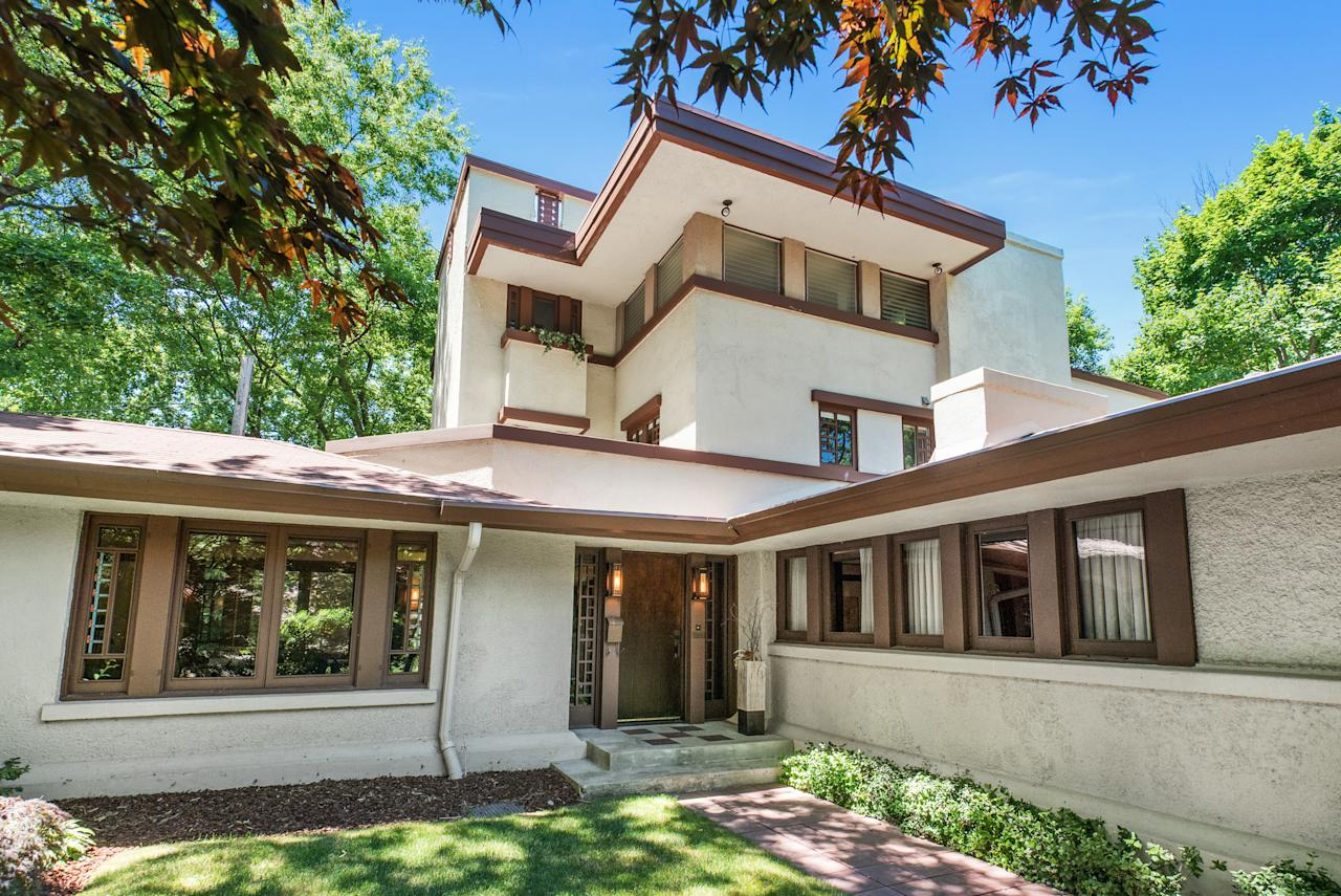 5 frank lloyd wright houses for sale right now - Frank lloyd wright houses for sale ...