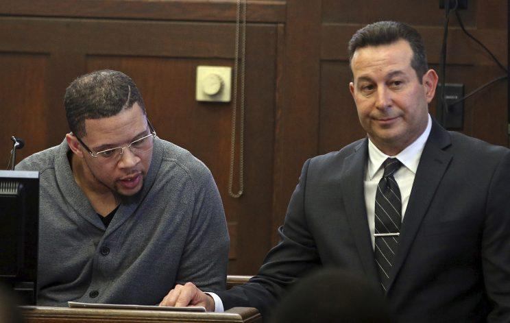 Alexander Bradley (L) battled in court with defense attorney Jose Baez over the meaning of a text message in Aaron Hernandez's double-murder trial on Wednesday. (AP)