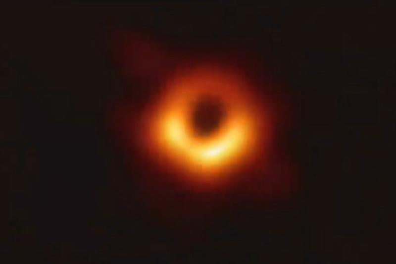 Weekly Tech Recap: First Black Hole Image, Disney Plus, OnePlus 7 Pro and More