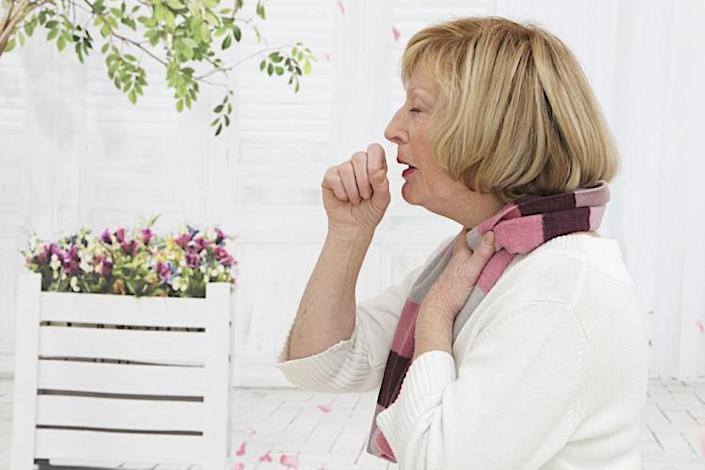 cough, pneumonia, senior, cold, bronchopneumonia, blond, medical, patient, whooping, infection, bronchial, ill, sick, elderly, convulsive, cramps, woman, inflammation,