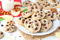 """<p>Picking a favorite <a href=""""http://www.delish.com/holiday-recipes/christmas/g2177/easy-christmas-cookies/"""" rel=""""nofollow noopener"""" target=""""_blank"""" data-ylk=""""slk:Christmas cookie"""" class=""""link rapid-noclick-resp"""">Christmas cookie</a> seems like a nearly impossible task, we know But somehow, every state in the U.S. has managed to show an allegiance to a specific type of holiday sweet. Some remain loyal to classic <a href=""""http://www.delish.com/restaurants/g3603/best-chocolate-chip-cookies/"""" rel=""""nofollow noopener"""" target=""""_blank"""" data-ylk=""""slk:chocolate chip"""" class=""""link rapid-noclick-resp"""">chocolate chip</a> or festively decorated <a href=""""http://www.delish.com/holiday-recipes/christmas/g3107/sugar-cookies/"""" rel=""""nofollow noopener"""" target=""""_blank"""" data-ylk=""""slk:sugar cookies"""" class=""""link rapid-noclick-resp"""">sugar cookies</a>, while others are baking up varieties we've never even heard of. Find out what your state's favorite is below.</p><p>Inspired to get baking? Check out our favorite holiday cookie recipes, then make sure you've got all the equipment you need: the <a href=""""https://www.delish.com/kitchen-tools/cookware-reviews/g34618458/best-cookie-sheets/"""" rel=""""nofollow noopener"""" target=""""_blank"""" data-ylk=""""slk:best cookie sheets"""" class=""""link rapid-noclick-resp"""">best cookie sheets</a>, the <a href=""""https://www.delish.com/kitchen-tools/g4492/best-stand-mixer/"""" rel=""""nofollow noopener"""" target=""""_blank"""" data-ylk=""""slk:most popular stand mixers"""" class=""""link rapid-noclick-resp"""">most popular stand mixers</a>, and more.</p>"""