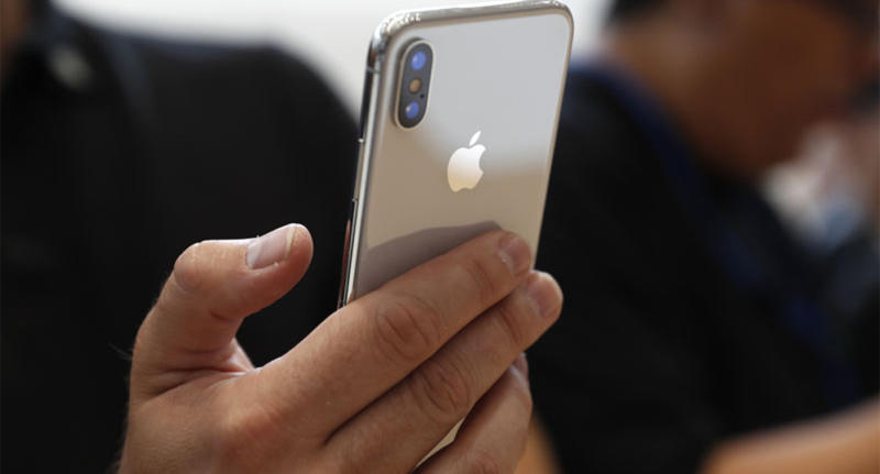 You Could Kill Your Wired Internet Connection For Phone S Wireless Reuters