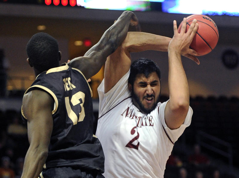 Aggies beat Vandals 77-55 for third WAC title