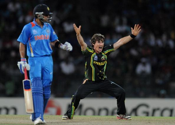 COLOMBO, SRI LANKA - SEPTEMBER 28:  Brad Hogg of Australia appeals unsuccessfully for the wicket of Irfan Pathan of India  during the ICC World Twenty20 2012 Super Eights Group 2 match between Australia and India at R. Premadasa Stadium on September 28, 2012 in Colombo, Sri Lanka.  (Photo by Pal Pillai/Getty Images)