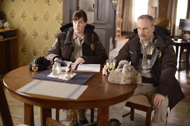 Allison Tolman as Molly Solverson and Bob Odenkirk as Bill Oswalt in 'Fargo'