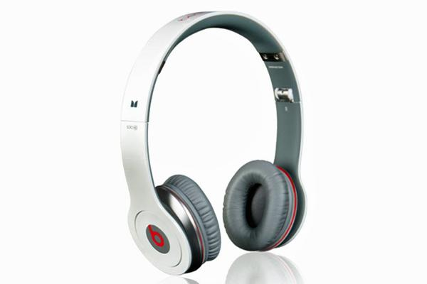 Solo HD Beats by Dr Dre headphones