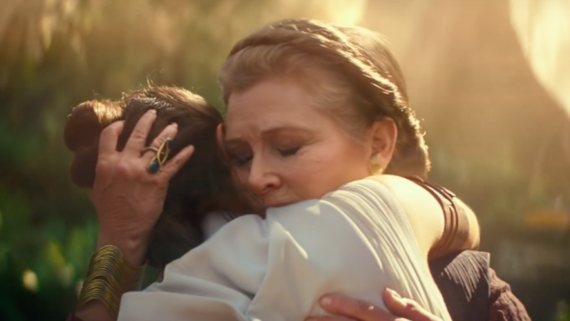 Daisy Ridley and Carrie Fisher in 'Star Wars: The Rise of Skywalker' (Disney/Lucasfilm)