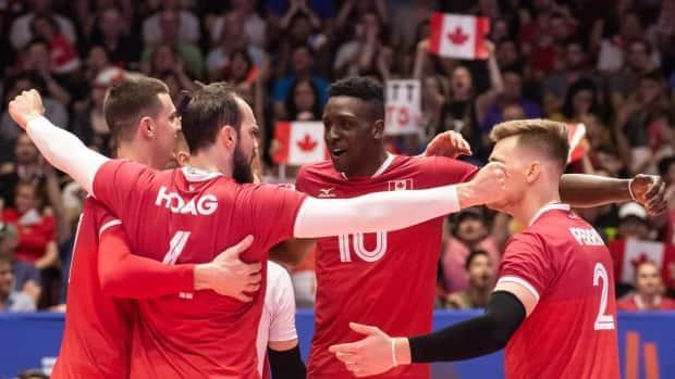 The Canadian men's team will feature a mix of 2016 Olympic squad members, those who competed in the Olympic qualifiers, as well as welcoming fresh faces as they set out to compete for a title in the VNL starting May 28. (Twitter/@VBallCanada - image credit)
