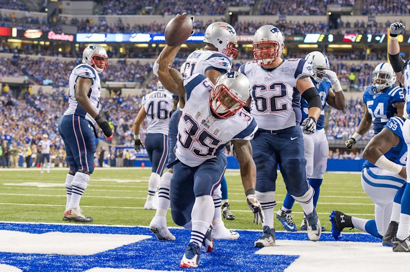 November 16, 2014: New England Patriots running back Jonas Gray (35) spikes the ball after a touchdown during a football game between the Indianapolis Colts and New England Patriots at Lucas Oil Stadium in Indianapolis, IN. (Photo by Zach Bolinger/Icon Sportswire/Corbis/Icon Sportswire via Getty Images)