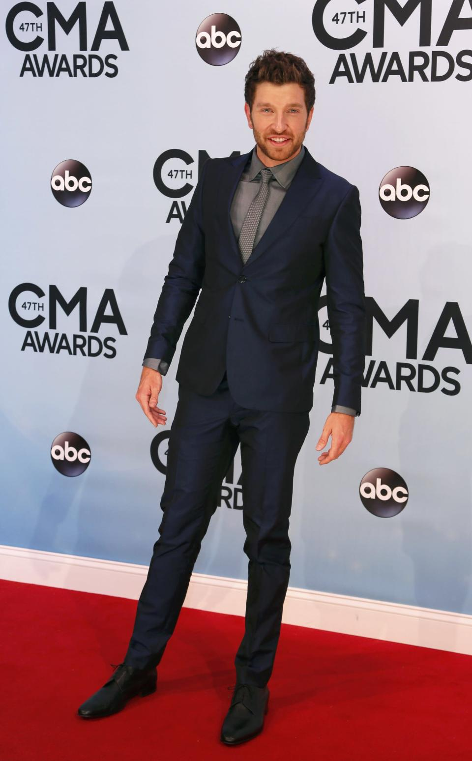 Singer Brett Eldredge arrives at the 47th Country Music Association Awards in Nashville, Tennessee November 6, 2013. REUTERS/Eric Henderson (UNITED STATES - Tags: ENTERTAINMENT)