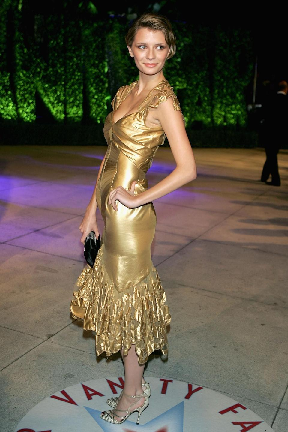 <p>We're glad that Barton found a way of recycling her Christmas wrapping in 2005, but the end result wasn't great. <em>[Photo: Getty/Frazer Harrison]</em> </p>