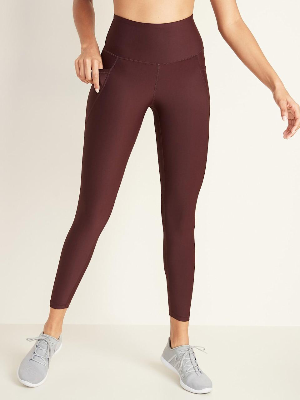 <p>The powersoft fabric is so cozy, you'll never want to take them off. We love the color of these <span>Old Navy High-Waisted Elevate Powersoft 7/8-Length Side-Pocket Leggings</span> ($30).</p>