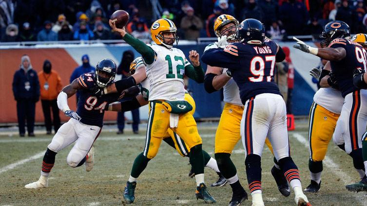 Aaron Rodgers has predictable beer-chugging takedown for Trubisky, Stafford