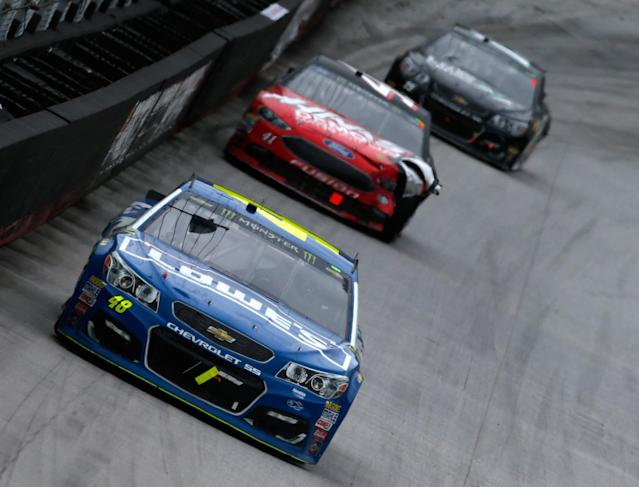 Jimmie Johnson surged to the front with 106 laps to go at Bristol. (Getty)