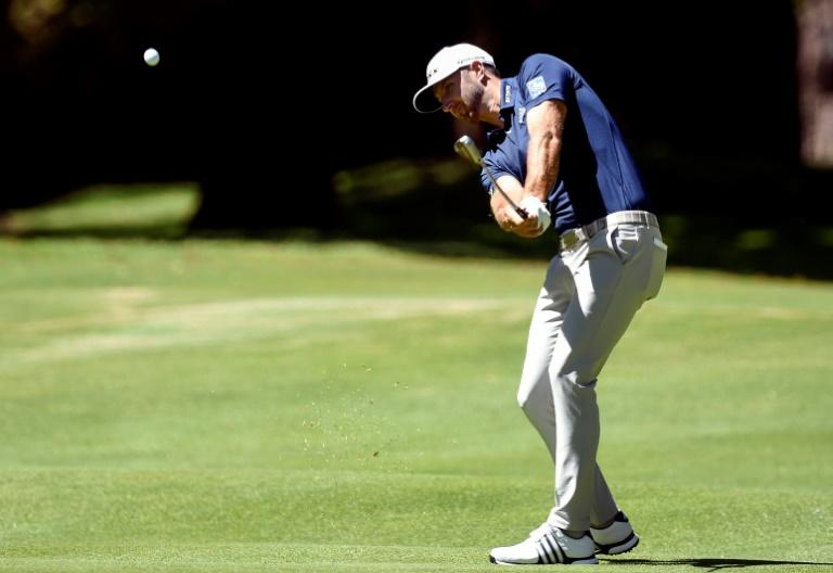 US golfer Dustin Johnson is one shot behind tournament leader Rory McIlroy after the first round of the WGC-Mexico Championship