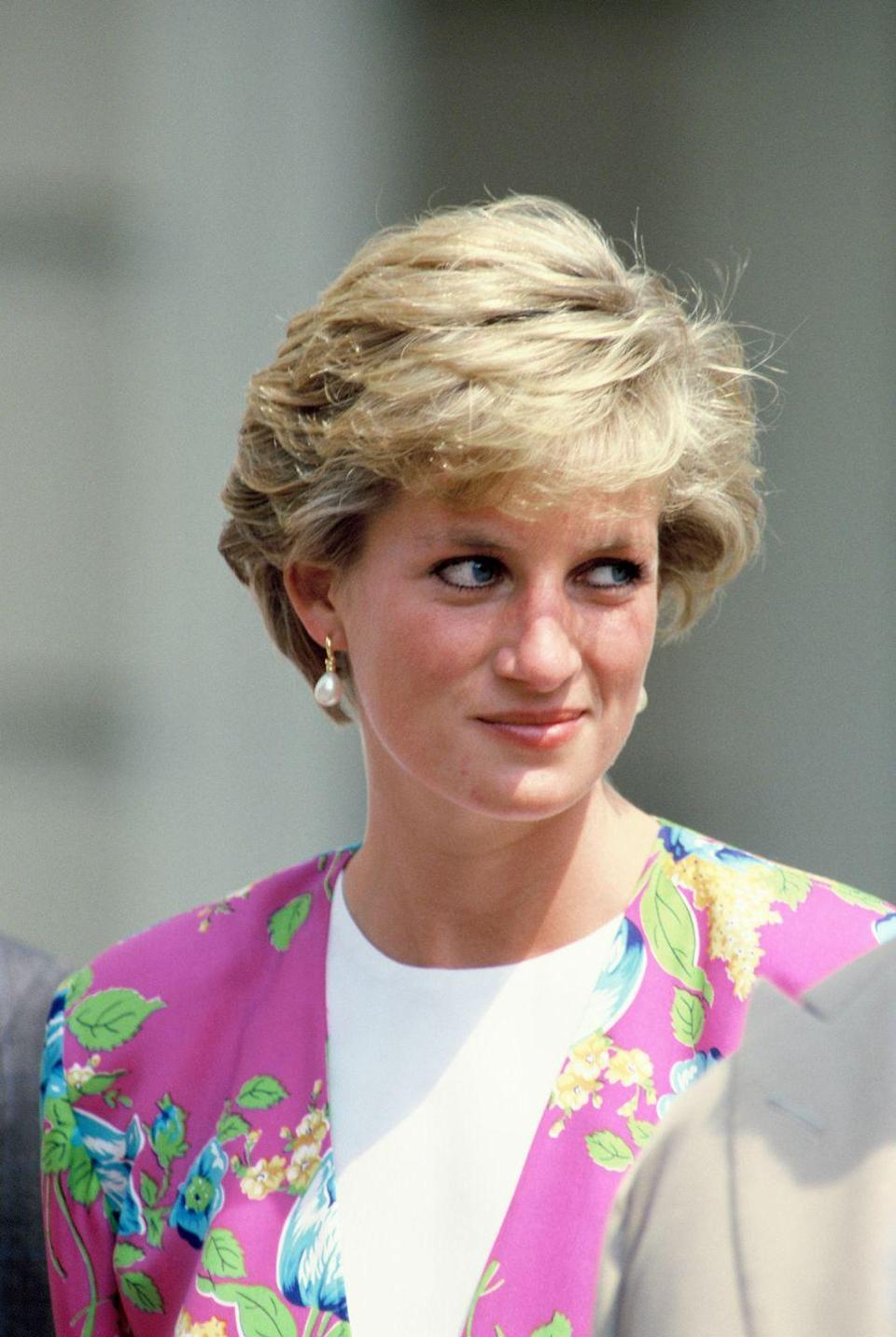 """<p>Ever the trendsetter, Princess Diana influenced women of the world to go short with her famous crop created by <a href=""""http://www.harpersbazaar.com/beauty/hair/news/a13447/princess-diana-haircut-sam-mcknight/"""" rel=""""nofollow noopener"""" target=""""_blank"""" data-ylk=""""slk:hairstylist Sam McKnight"""" class=""""link rapid-noclick-resp"""">hairstylist Sam McKnight</a>.</p>"""