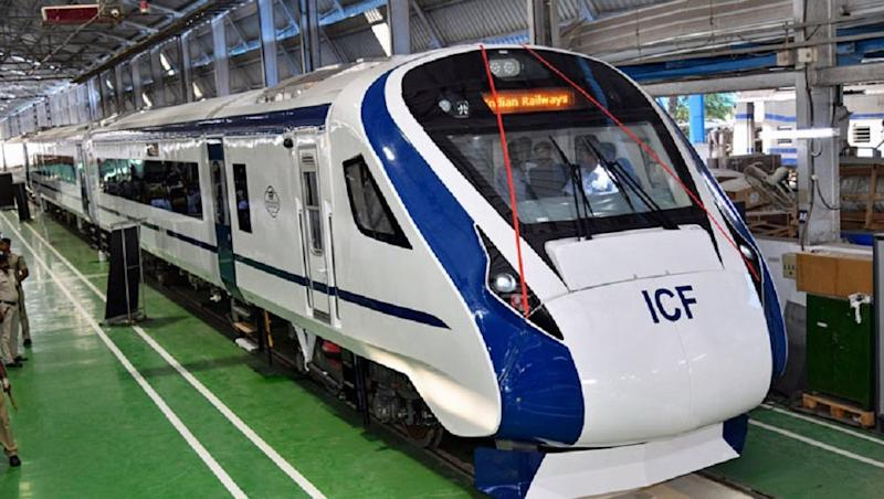 Vande Bharat Express to be Guarded by Camera-Equipped RPF Squad to Prevent Stone-Pelting Incidents