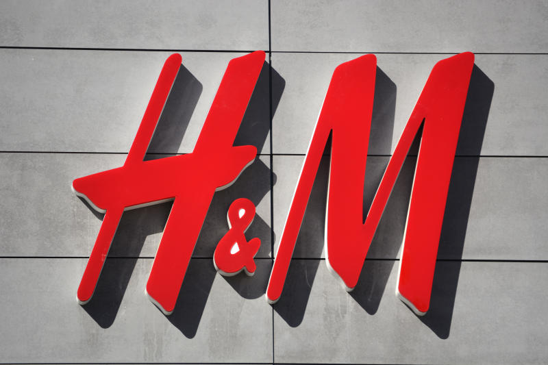 PALM SPRINGS, CALIFORNIA: FEBRUARY 28, 2019: An H&M store in Palm Springs, California. (Photo by Robert Alexander/Getty Images)