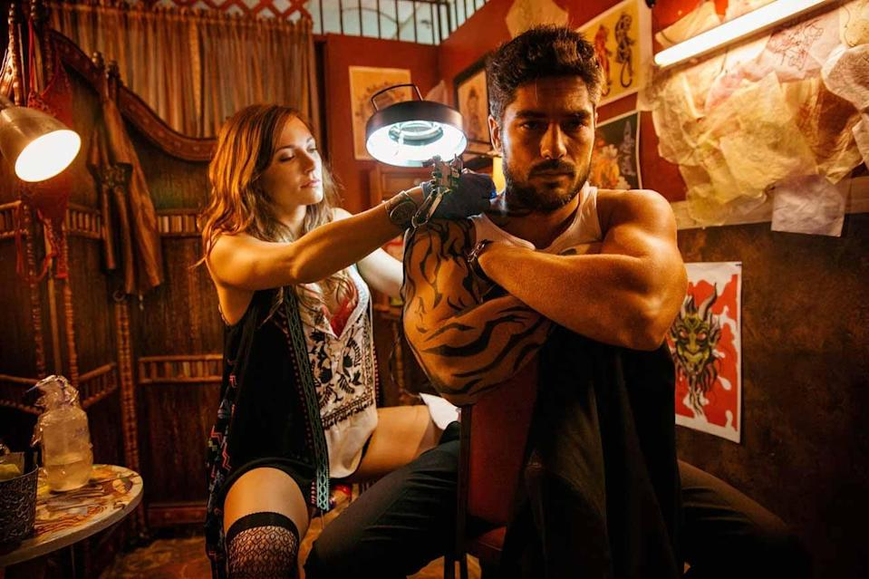 "<p>Robert Rodriguez reworked his 1996 horror movie into this TV series. This time around, D.J. Cotrona and Zane Holtz play the Gecko brothers (originally portrayed by <a class=""link rapid-noclick-resp"" href=""https://www.popsugar.com/George-Clooney"" rel=""nofollow noopener"" target=""_blank"" data-ylk=""slk:George Clooney"">George Clooney</a> and <a class=""link rapid-noclick-resp"" href=""https://www.popsugar.com/Quentin-Tarantino"" rel=""nofollow noopener"" target=""_blank"" data-ylk=""slk:Quentin Tarantino"">Quentin Tarantino</a>), who uncover a large vampire population in a desert bar. </p> <p><strong>Scare factor:</strong> 😱 😱</p>"