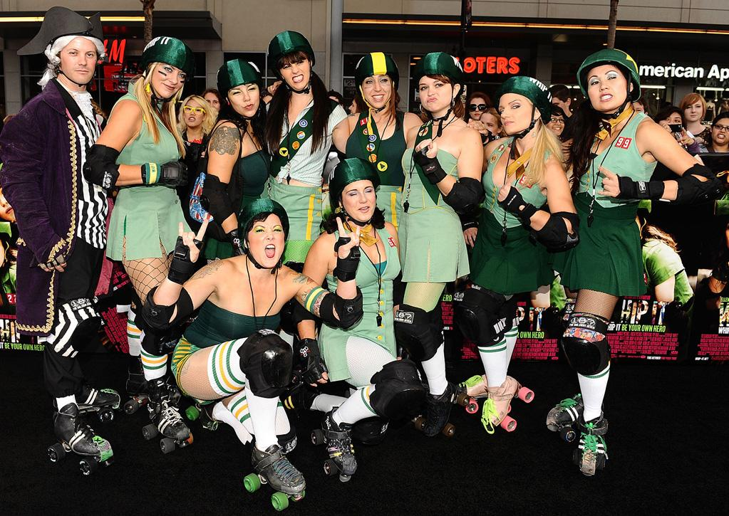 """The Derby Dolls at the Los Angeles premiere of <a href=""""http://movies.yahoo.com/movie/1810036665/info"""">Whip It!</a> - 09/29/2009"""