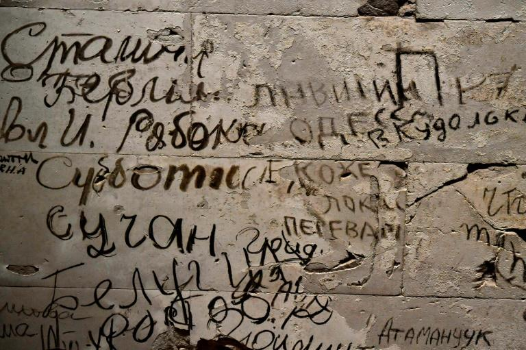 Hundreds of messages in Cyrillic, scribbled by Soviet soldiers as they battled Hitler's forces in wartorn Berlin, still adorn the walls of the German capital's iconic Reichstag parliament building