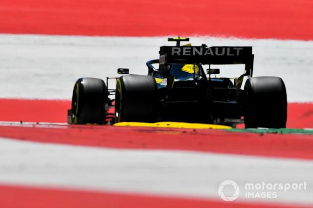 "Nico Hulkenberg, Renault F1 Team R.S. 19 <span class=""copyright"">Mark Sutton / Motorsport Images</span>"