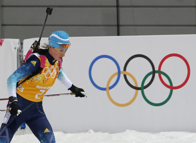 Ukraine's Valj Semerenko skis during the women's biathlon 4x6 km relay event at the Sochi 2014 Winter Olympic Games February 21, 2014. REUTERS/Stefan Wermuth (RUSSIA - Tags: OLYMPICS SPORT BIATHLON)